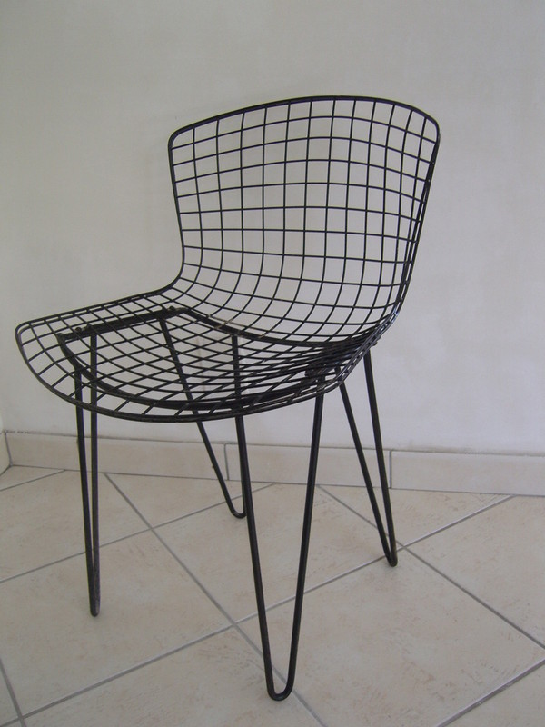 chaises bertoia cheap coussin chaise bertoia belle chaise bertoia edition sp ciale chaises ic. Black Bedroom Furniture Sets. Home Design Ideas