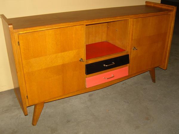 meubles scandinaves page 2. Black Bedroom Furniture Sets. Home Design Ideas