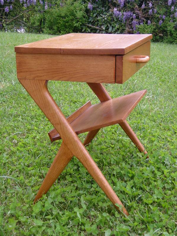 Table de chevet design scandinave avec porte revues 60 39 for Table de chevet style scandinave