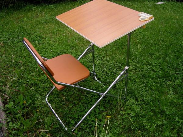petit bureau d 39 colier ann es 70. Black Bedroom Furniture Sets. Home Design Ideas