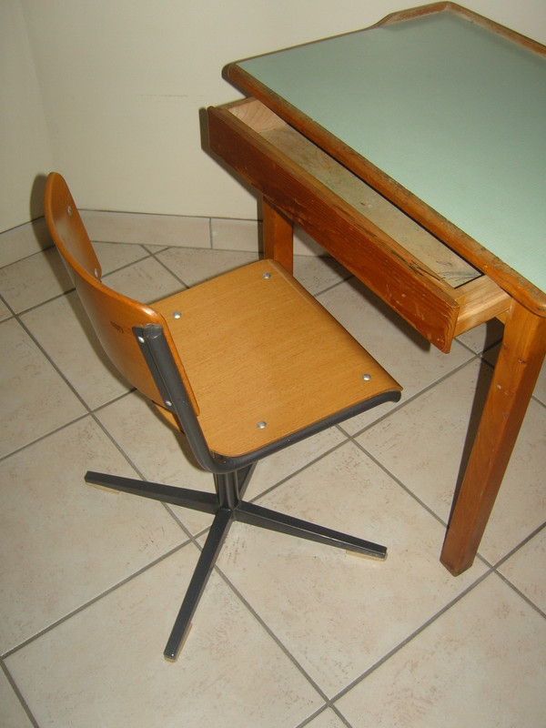 les tables page 2. Black Bedroom Furniture Sets. Home Design Ideas