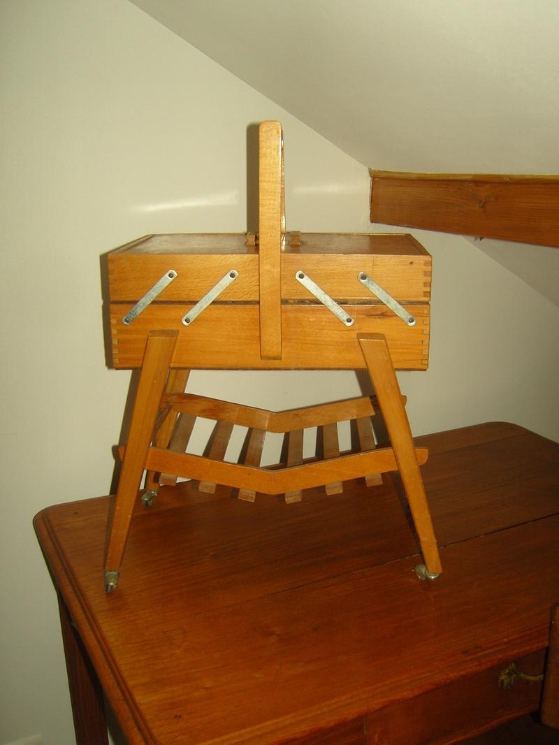 chaise longue rotin des ann es 70 80. Black Bedroom Furniture Sets. Home Design Ideas